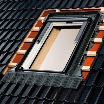 mansardnye okna velux bdx 2000 gidro i teploizolyacia 400x400 - Гидро- и теплоизоляция Velux BDX 2000